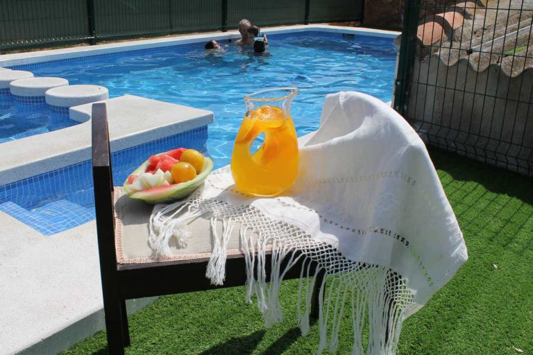 G-serafina-i-con-piscina-privada