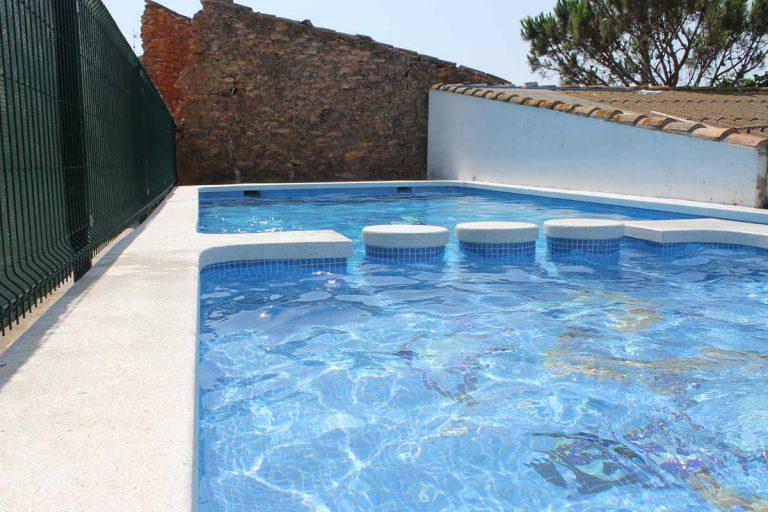 G-serafina-i-piscina