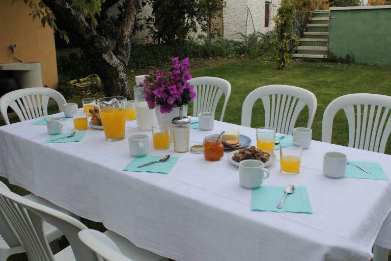 G-terencio-desayuno-exterior